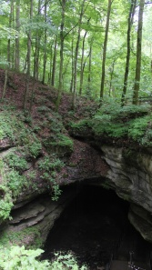 Entrance to mammoth cave, ky